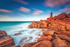 Men Ruz Lighthouse @ Ploumanac'h (Brittany) photo by Eric Rousset