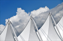 Canada Place - the sails photo by leuntje