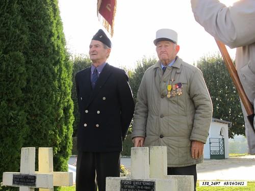 Franche Comté - Cimetière militaire de Rougemont-  derrière la tombe du général Brosset- Henri Pesenti (BM 21) à gauche - Crédit photo : Alain Jacquot-Boileau