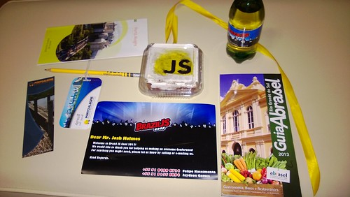 Picture of the speaker ready package for BrazilJS 2013