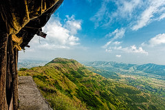 Cafe with a view - Sinhagad Fort, Pune (Canon EOS 5D Mark III, Canon EF 17-40mm f/4.0 L) photo by Sharad Medhavi