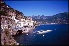 Amalfi coast photo by S T R A T O C I R R U S