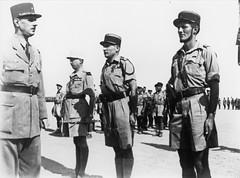 1942 - Après Bir Hakeim remmise de décorations à Koenig, Amilakvari et de Sairigné