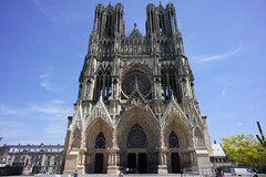 Reims cathedral photo by barnyz