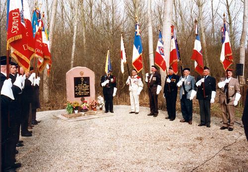 Alsace- Illwald- 1999- Transfert de la Stele - Fonds Emile Gauthier