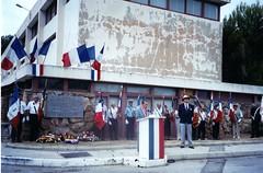 Cérémonie du souvenir devant la plaque dédée au général Magendie 21 aout 2005 - Fonds Pierre Tropet