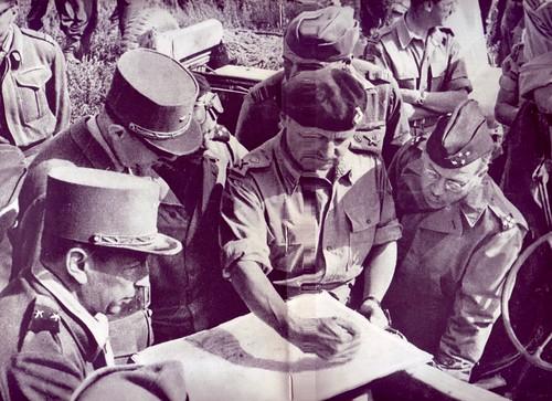 1944 - Italie- Brosset De gaulle et generaux alliés