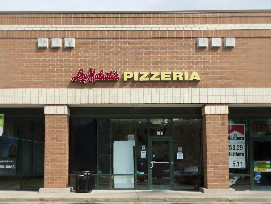 chicago-style pizza in carol stream, il | lou malnati's
