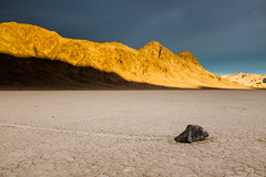 Sailing stones photo by Billijs Locs