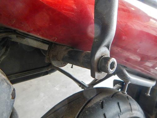 sv650 givi rack repair