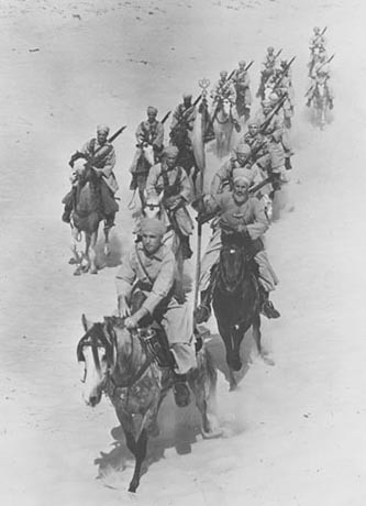 RMSM-Spahis du 1er escadron du 1er régiment de spahis marocains - Source : Nara