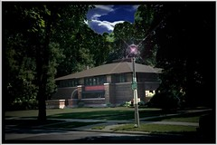 Arthur B. Heurtley House ~ Architect Frank Lloyd Wright ~ Oak Park Il ~ Film 1990s photo by Onasill ~ Bill Badzo