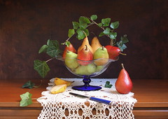 Pear Feast photo by Esther Spektor - Thanks for three millions views..