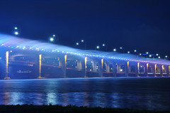 fountain of banpo bridge photo by fidel.2012