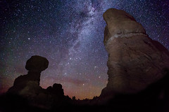 Balanced Rock by Night photo by merlune