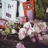 [K] Aujourd'hui, je me suis ruinée à #Zodio ... Tout pour l' #anniversaire de ma maman ! :D. Ca va créer dans l'#atelier ce soir et cette nuit! #feather #sculpey #premo #flower #cléopâtre #colle #glue #decorative #frame