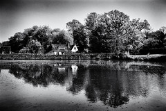 Midhurst by the lake photo by pj_warlock