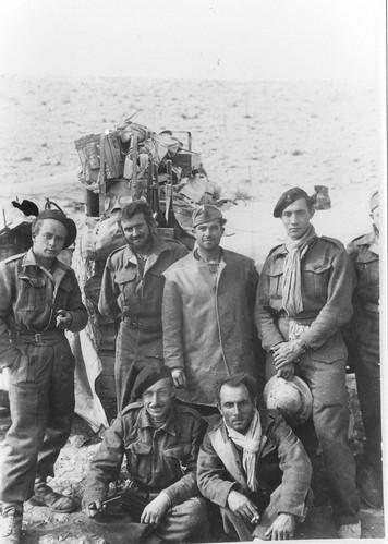 Le BIm en Libye P.H à gauche - Col. Pierre Heitzmann