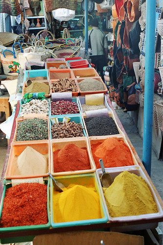 colors and odors of Tunisie