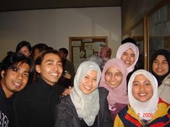 Bersama Ilyasak, Elle, Linie, Maz, Dela & Lina Sewaktu PMC Farewell Dinner