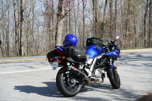 Suzuki SV650S on GA 190 headed across Pine Mountain