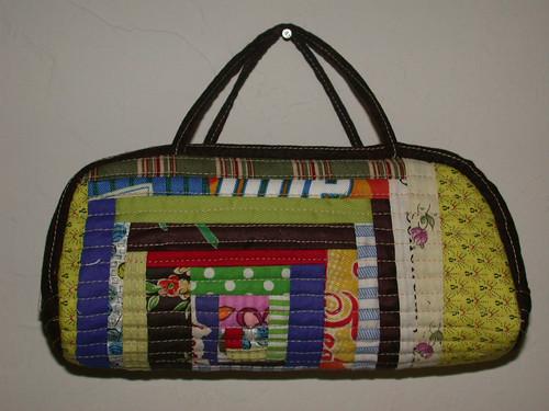 小関鈴子さんデザインのミニバッグ