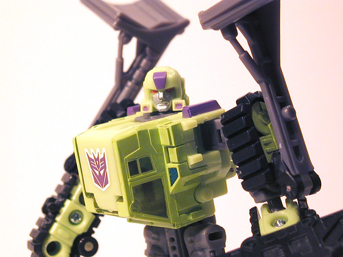 TFU Bonecrusher - closeup