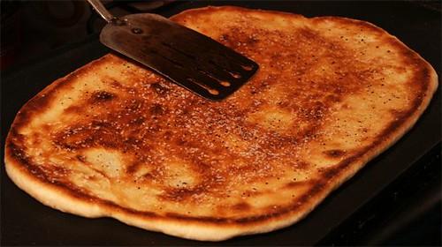 Naanizza dough