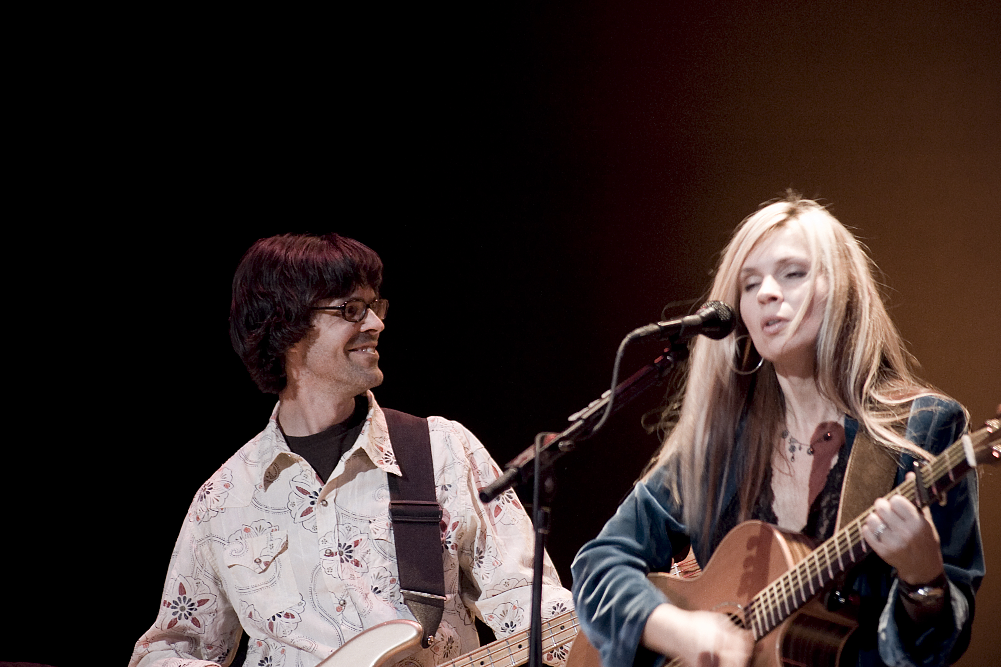 Linford Detweiler and Karin Bergquist (Over the Rhine)