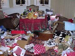 Efter julklapps utdelning liten