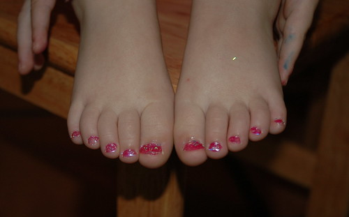pink sparkle toes
