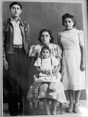 Tío Sabas, Mamá Toni & baby Tía Chilo, and Tía Josefa
