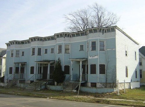Woodlawn Rowhouses - 2/2006