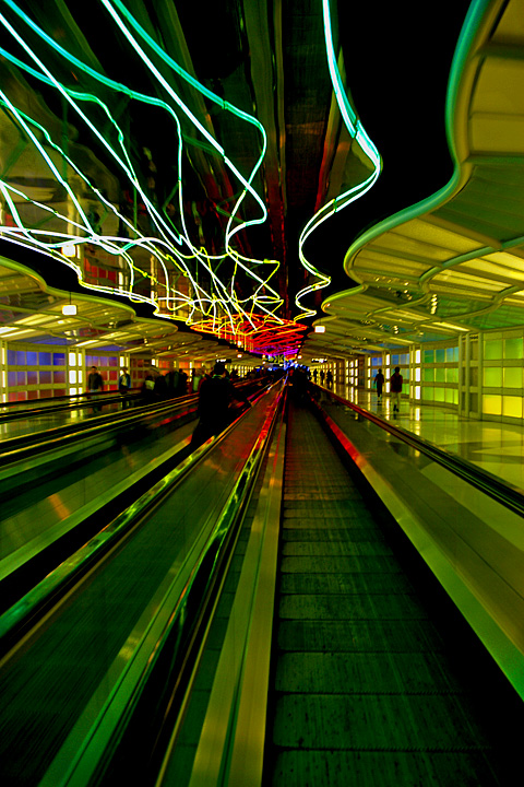 Chicago airport neon running connection