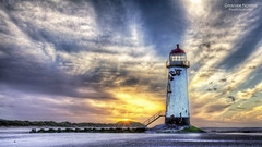 Point of Ayr Lighthouse photo by chuckrock123