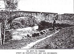 Provence 1944- Le pont du Gapeau  avans sa destruction par les Allemands- La 1ère DFL dans le Var août 1944- Pierre Tropet conservateur du Memorial de Hyères