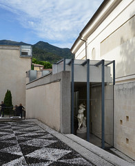 carlo scarpa, architect: gipsoteca del canova, extension of the canova museum in possagno, italy 1955-1957. view from the south. photo by seier+seier