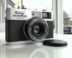 Olympus 35 RC photo by Gabo Barreto