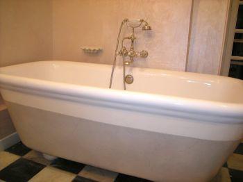 prestation haut de gamme faux marbre sur baignoire ardecor peinture de d coration. Black Bedroom Furniture Sets. Home Design Ideas
