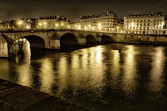 Pont Neuf sans les amants photo by Pat Charles