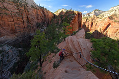 Hiking Angel's Landing photo by pvarney3