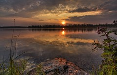 Sunset on lac Rond photo by sherbypictures