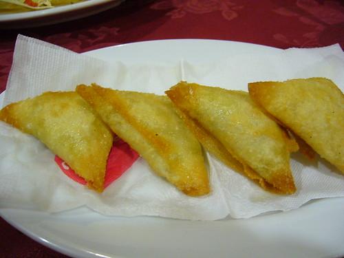 咖哩角(Vegetable Samosa)
