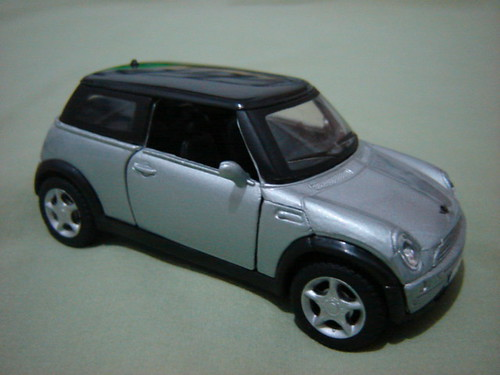 BMW Mini Cooper, 1:36. (Gift to Gabriel)