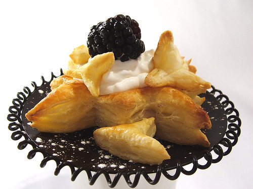 Blackberry puff pastry