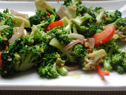 Vegan Broccoli Salad With Spicy Sesame Peanut Dressing Recipe ...