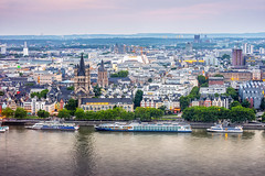 Cologne skyline photo by tuanland