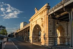 Morning Light At Pont de Bir-Hakeim Bridge photo by spanjavan