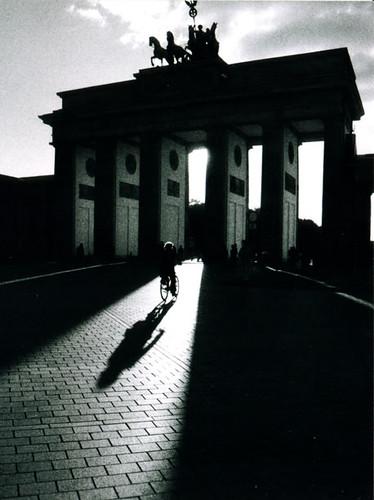 Radfahrer am Brandenburger Tor