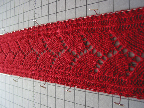 spin-dye-knit-a-scarf - blocking